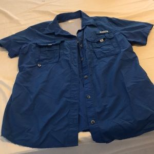 Women's Columbia shirt